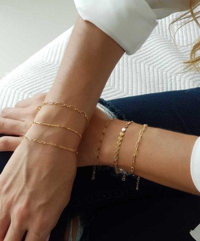 model-bracelets