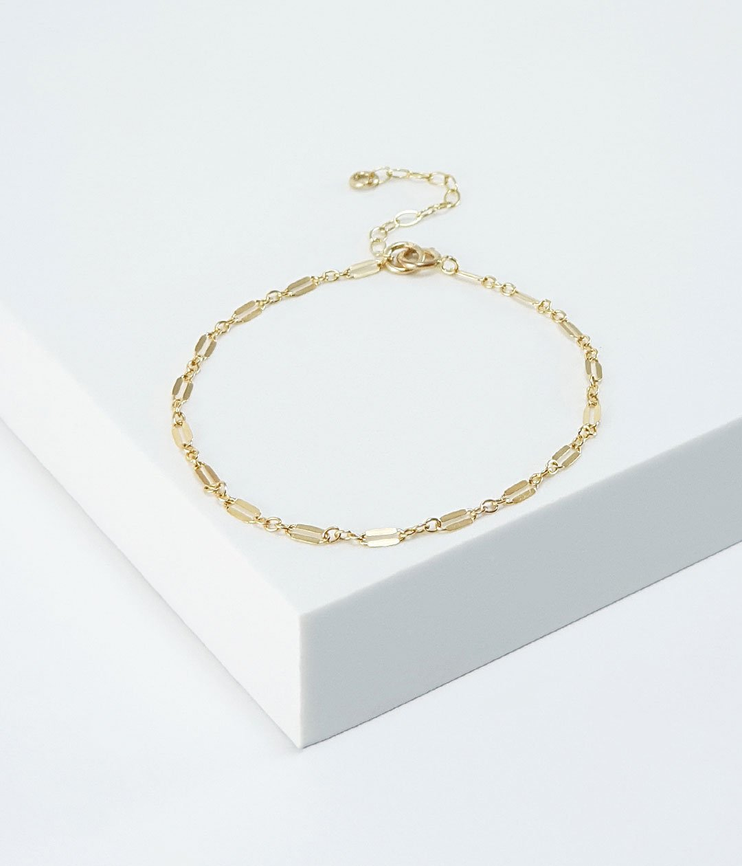 sequin-chain-bracelet